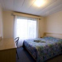 2_bed_aircon_cabin_6